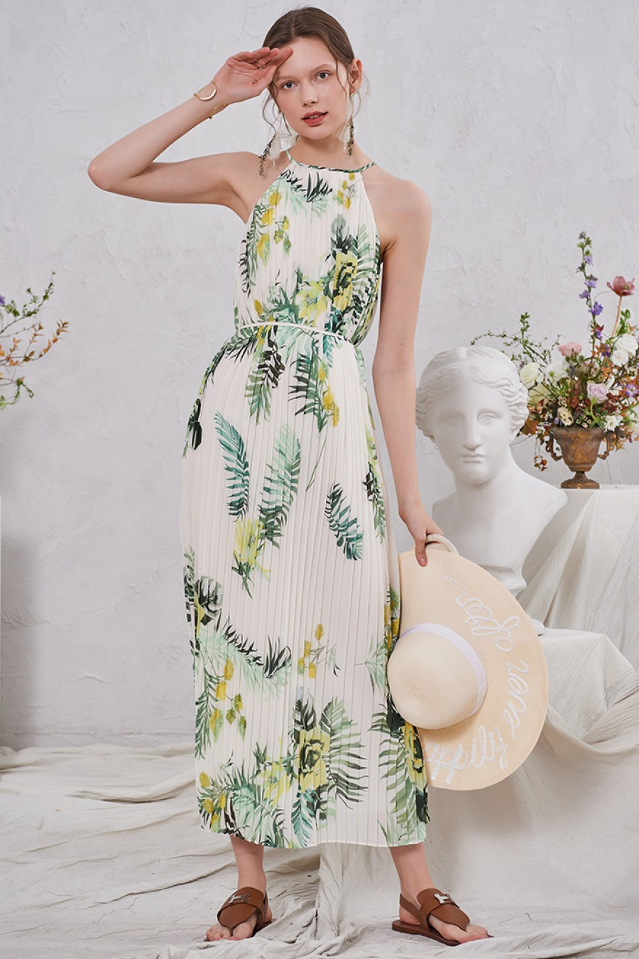 Becky Pleated Floral Dress